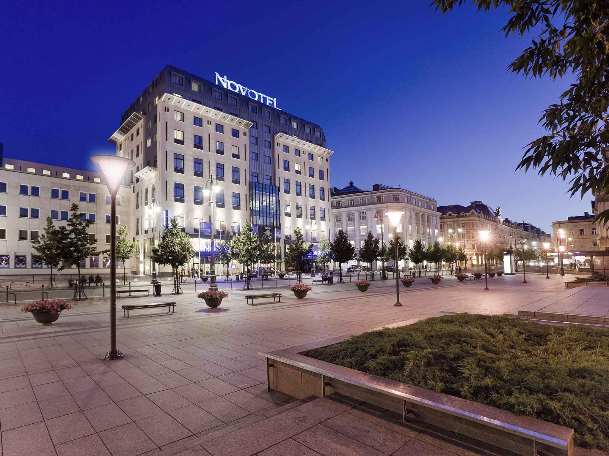 Otel – Novotel Vilnius Centre