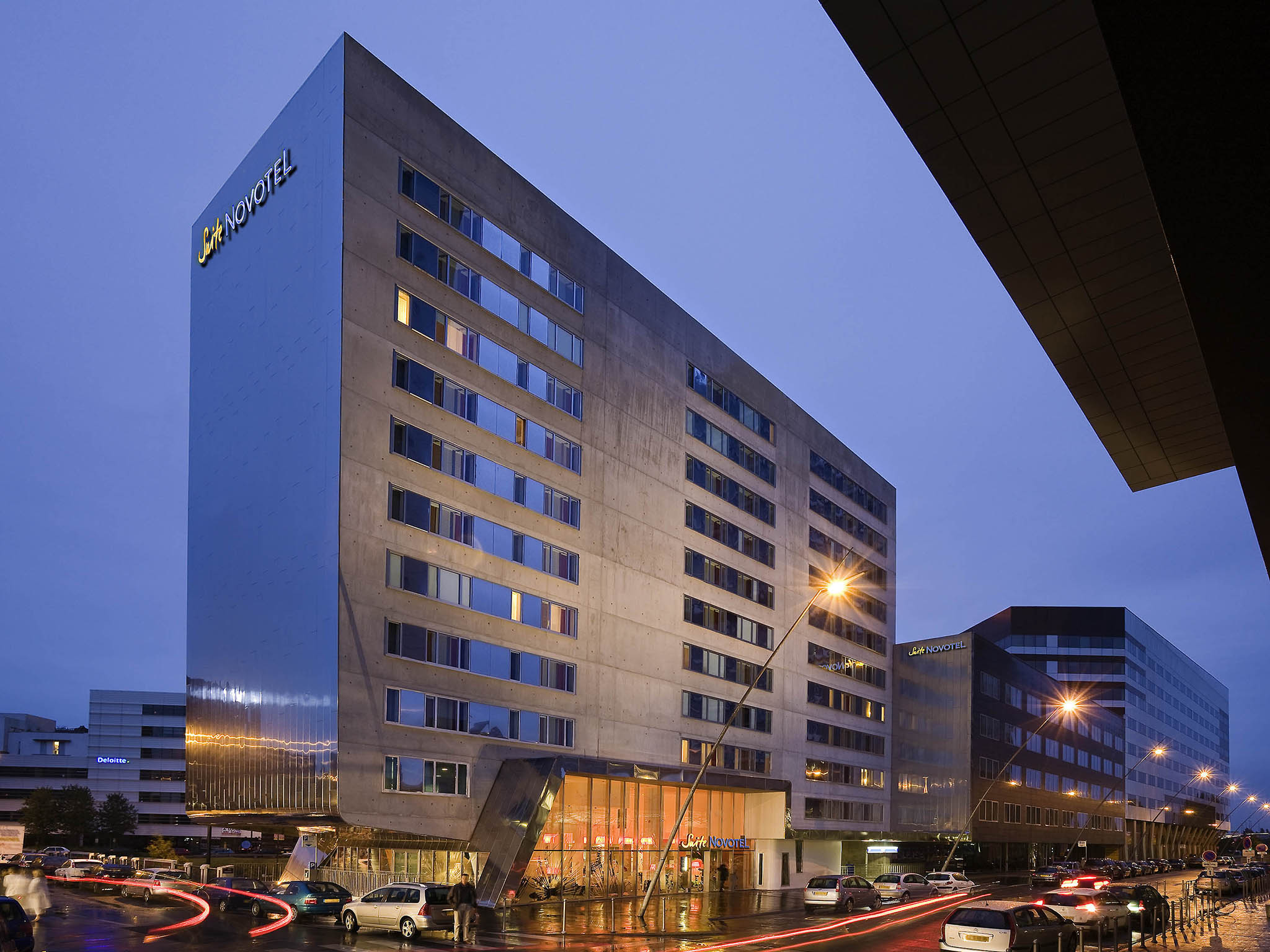 Hotel in LILLE Novotel Suites Gare Lille Europe