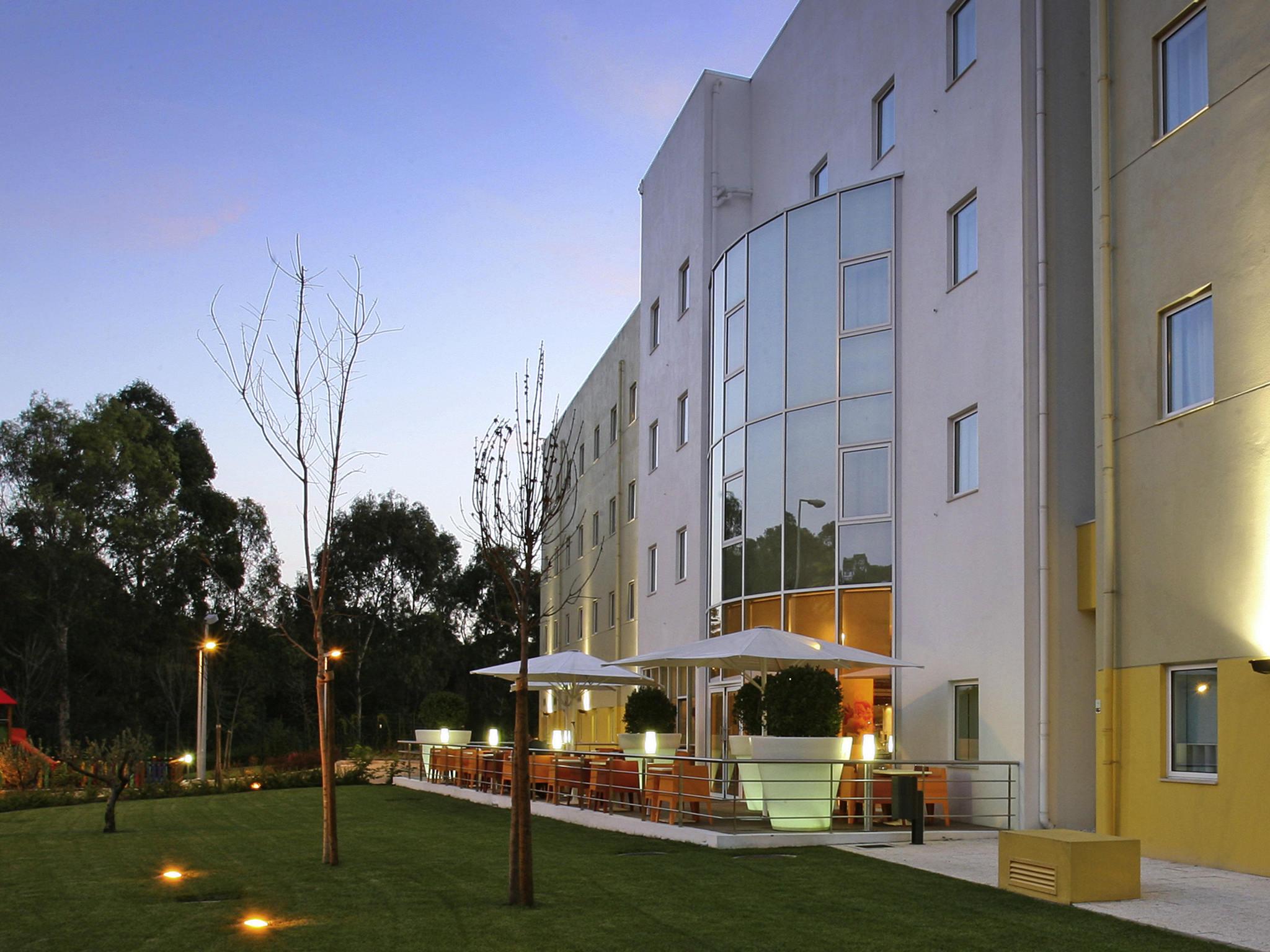 โรงแรม – ibis Lisboa Alfragide