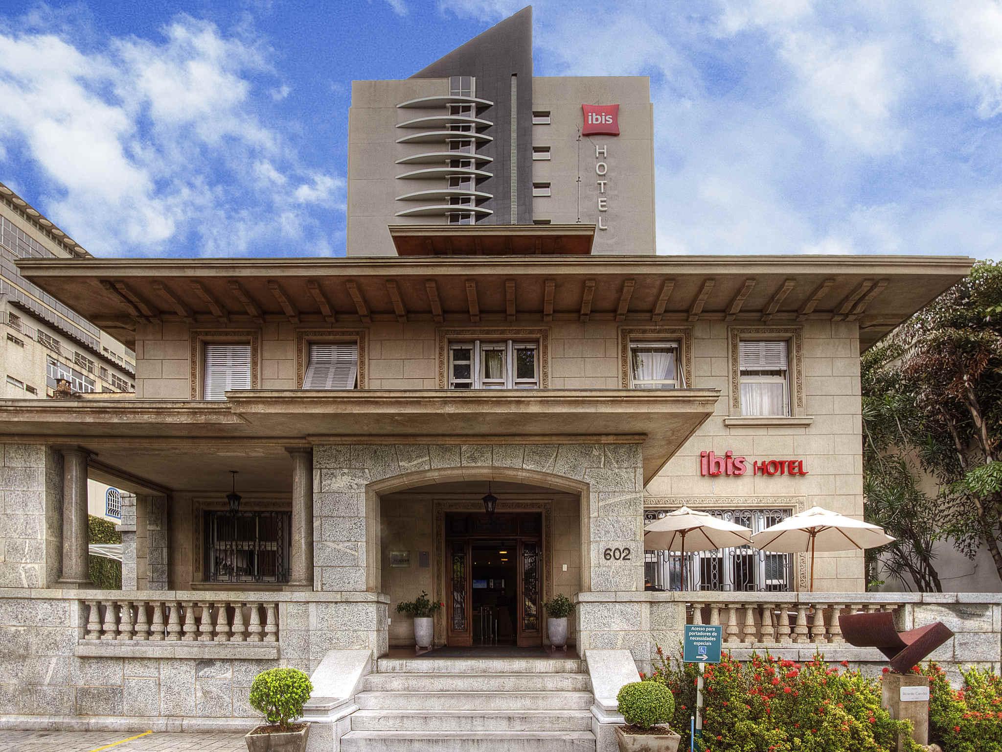 Hotell – ibis Belo Horizonte Liberdade
