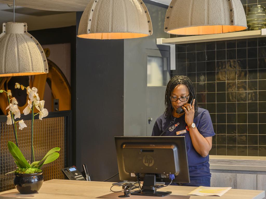 hotel pas cher paris ibis paris tour montparnasse 15 me. Black Bedroom Furniture Sets. Home Design Ideas