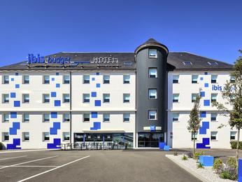 Hotel pas cher mouilleron le captif ibis budget la roche for Carrelage la roche sur yon