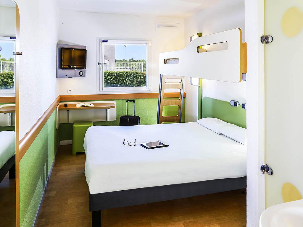 h tel vitrolles ibis budget marseille vitrolles. Black Bedroom Furniture Sets. Home Design Ideas