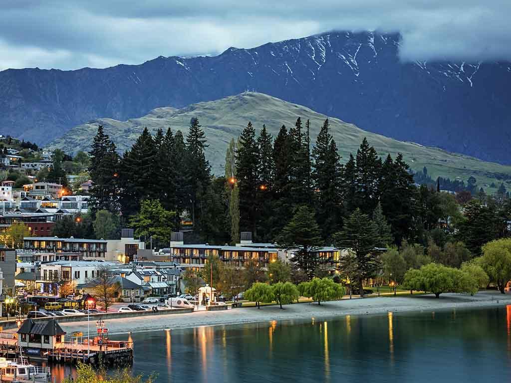 Star Novotel Queenstown Lakeside Hotel
