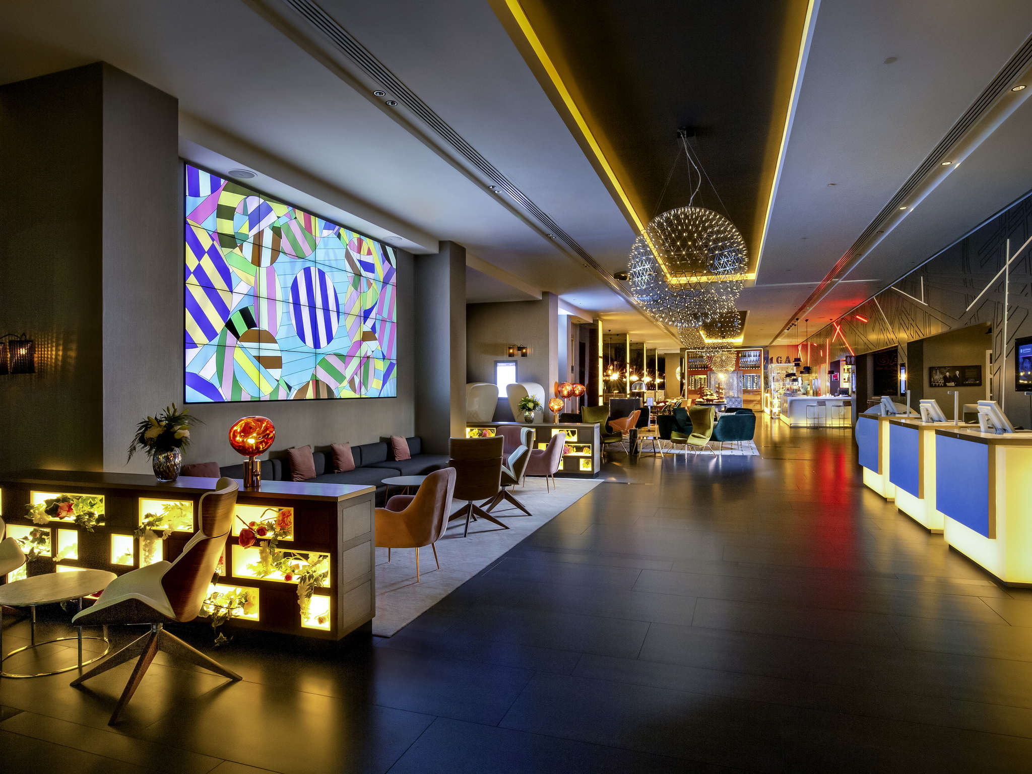 호텔 – 풀만 런던 세인트 판크라스(구 노보텔)