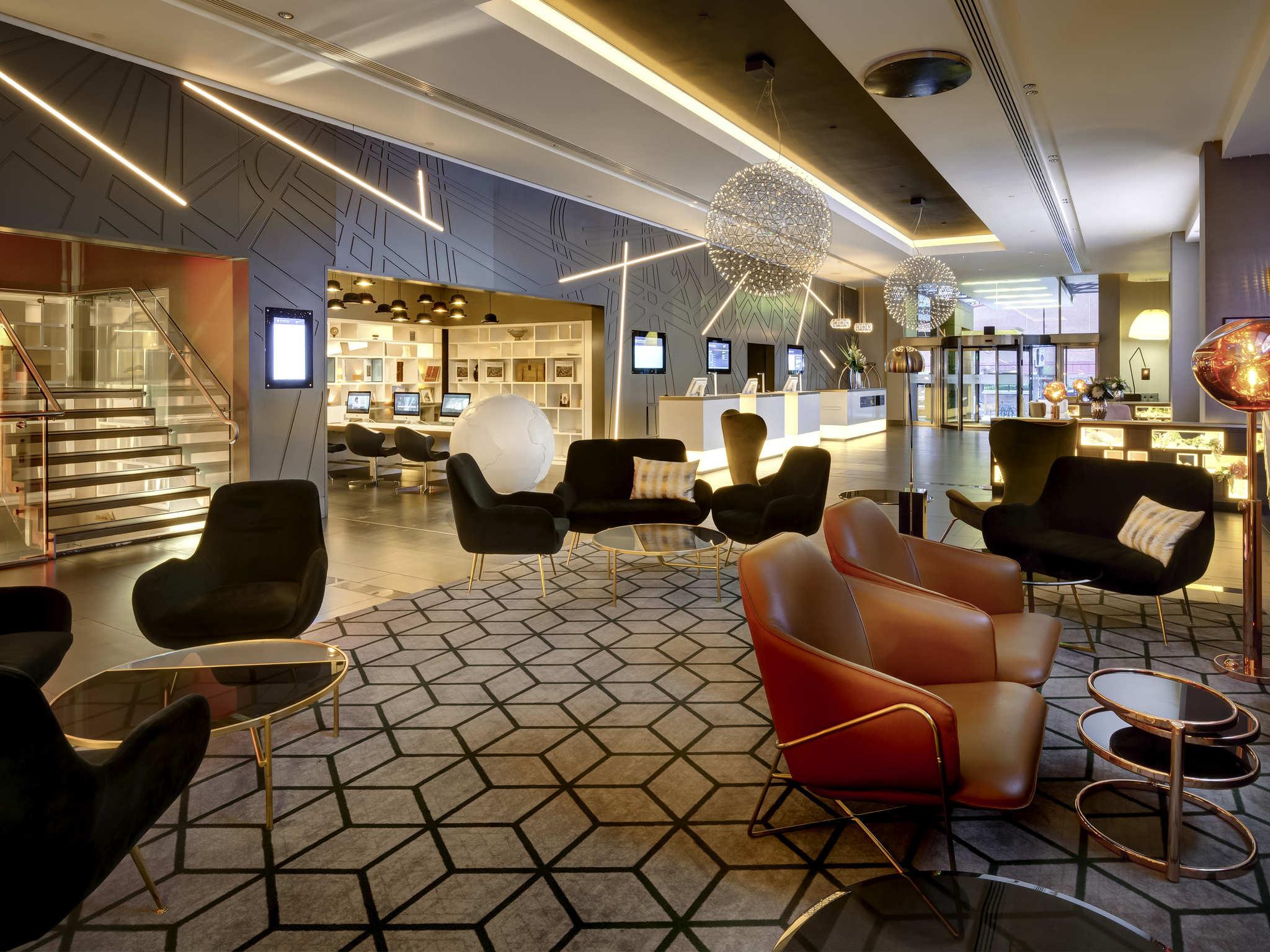 pullman london st pancras luxury hotels in london. Black Bedroom Furniture Sets. Home Design Ideas