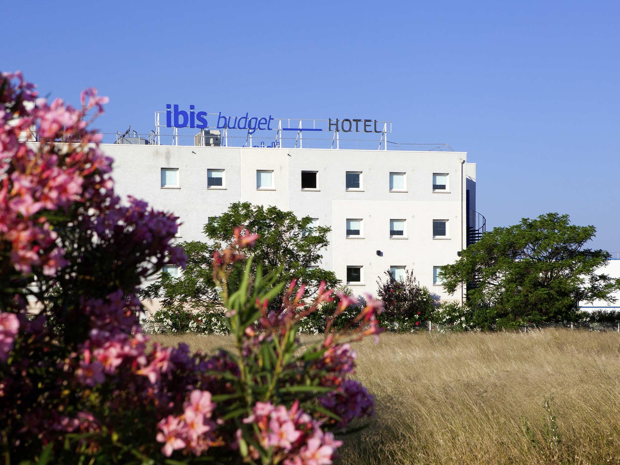 Отель — ibis budget Нарбонна Восток
