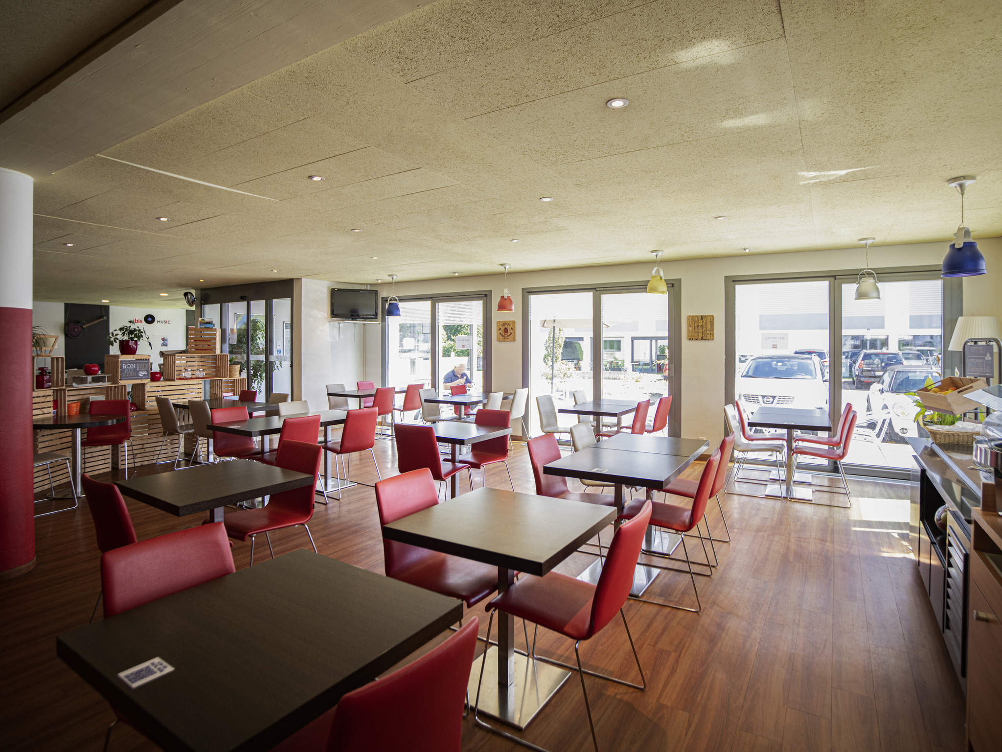 Hotel in GRANGES PACCOT ibis Fribourg