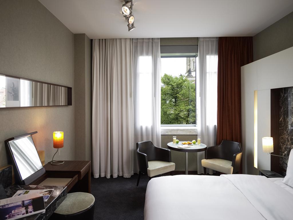 hotel in berlin sofitel berlin gendarmenmarkt buchen. Black Bedroom Furniture Sets. Home Design Ideas