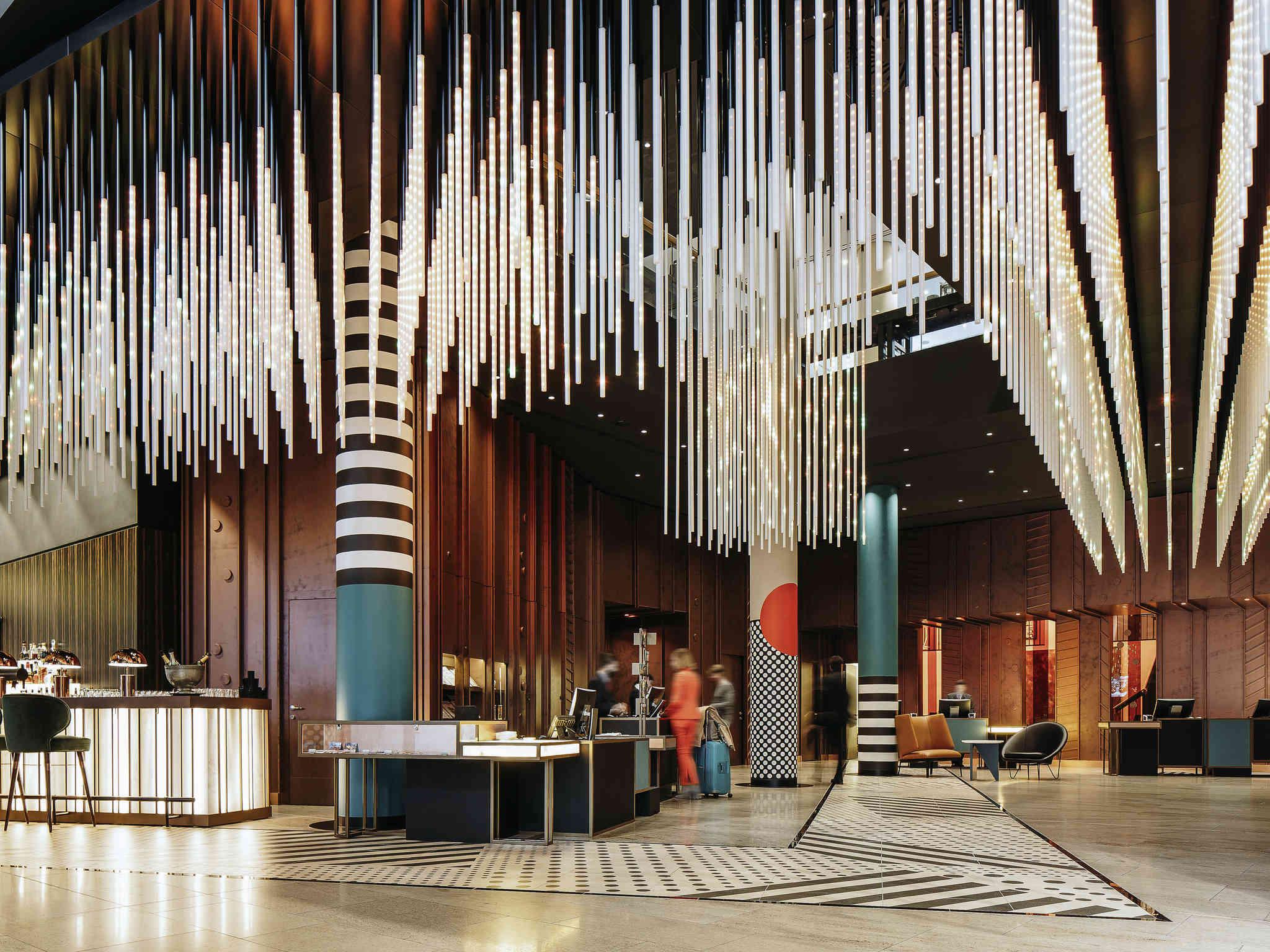 โรงแรม – Pullman Berlin Schweizerhof