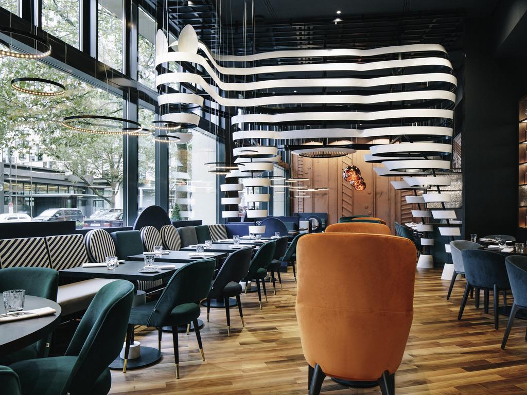 Hotel Pullman Berlin Schweizerhof. Book your hotel now!