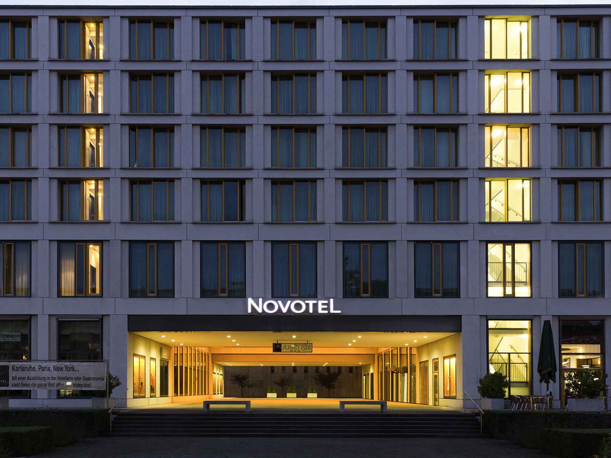 Hotell – Novotel Karlsruhe City