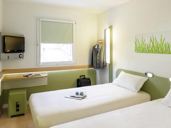 g nstiges hotel stuttgart ibis budget stuttgart city nord. Black Bedroom Furniture Sets. Home Design Ideas