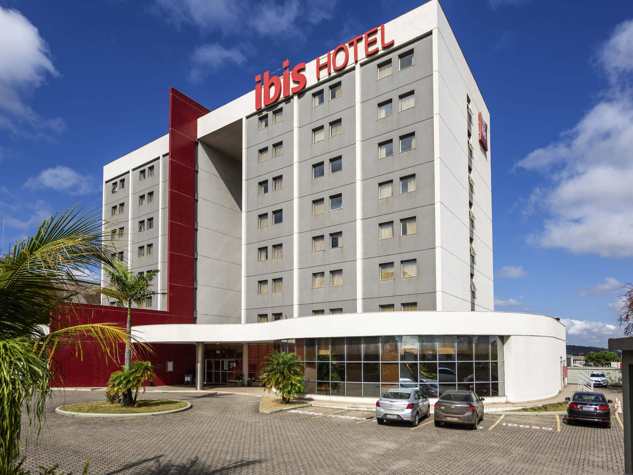 Отель — ibis Betim