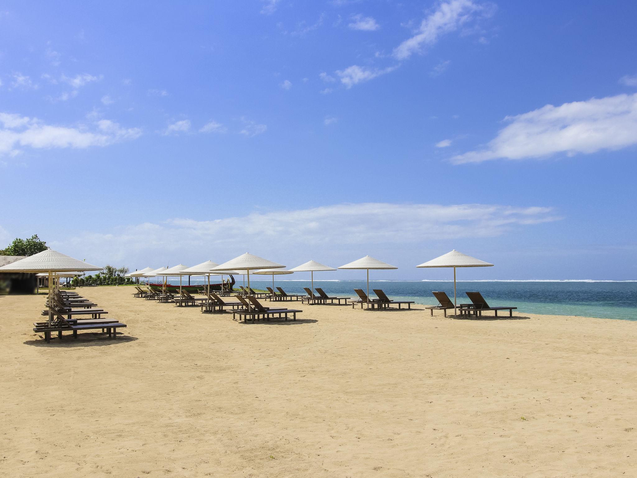 Отель — Mercure Resort Sanur