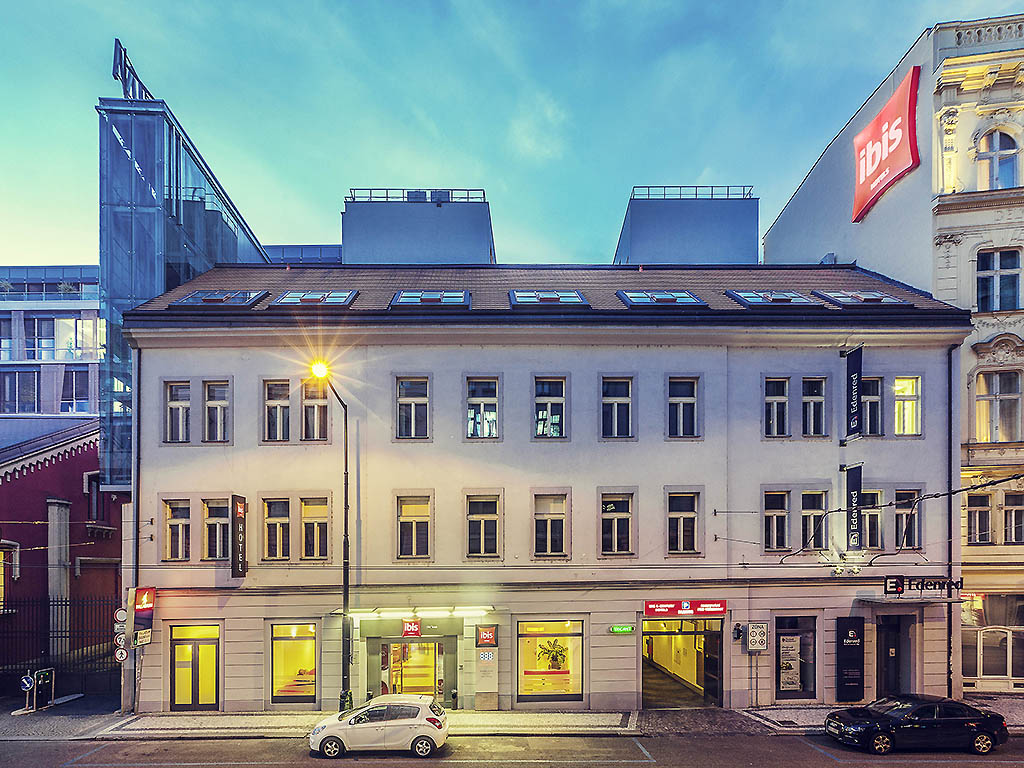 Hotel in prague ibis praha old town for Hotels in prague centre