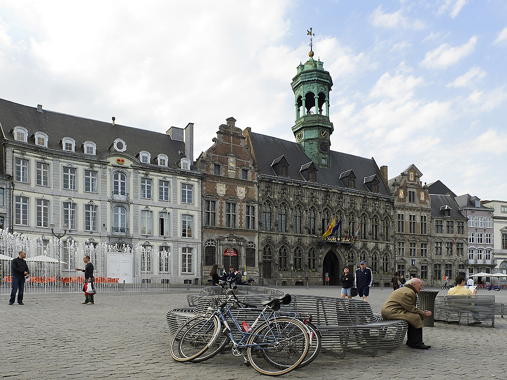 Cheap hotel Mons ibis Mons Centre Gare