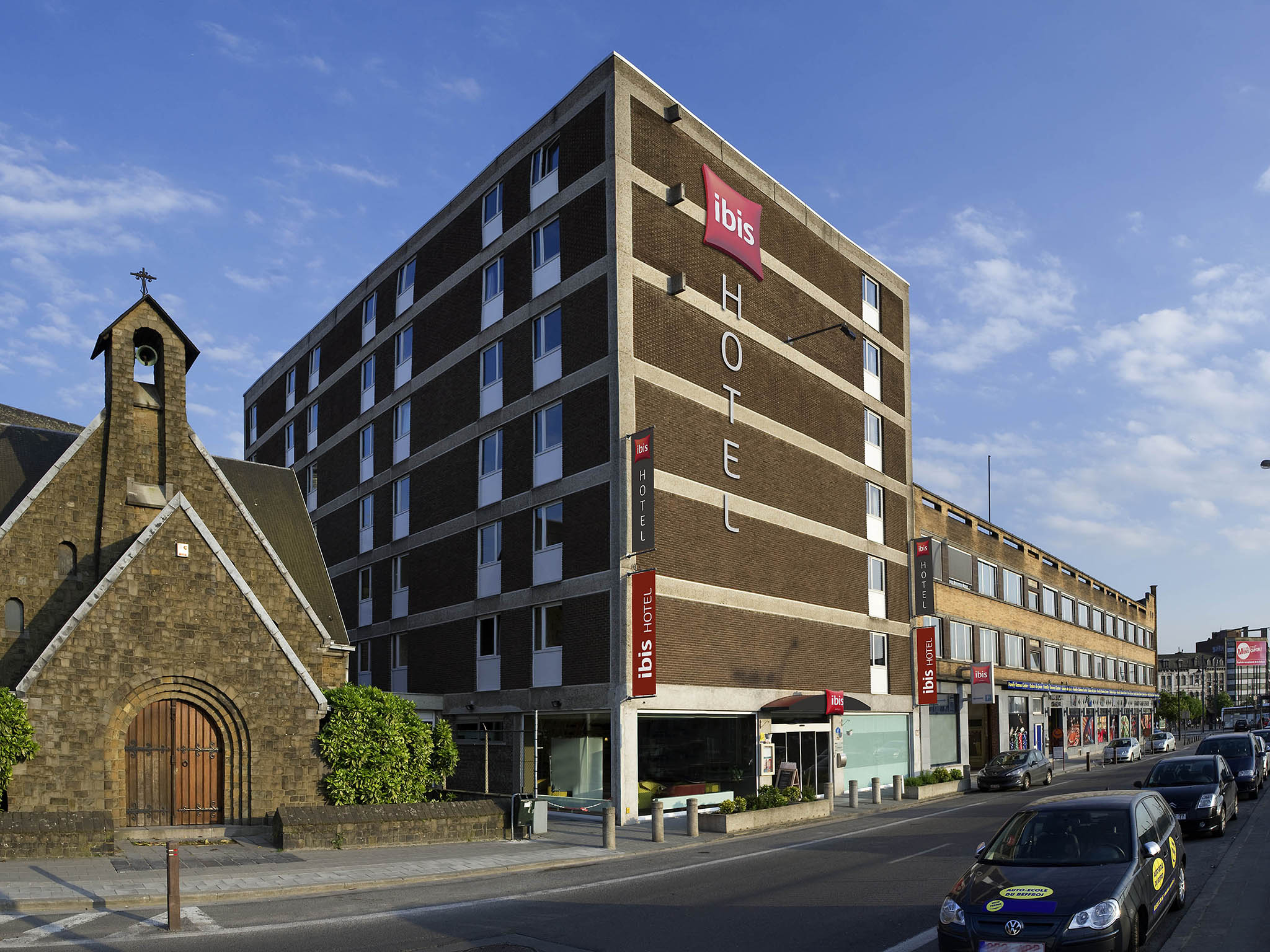 Hotell – ibis Mons Centre Gare