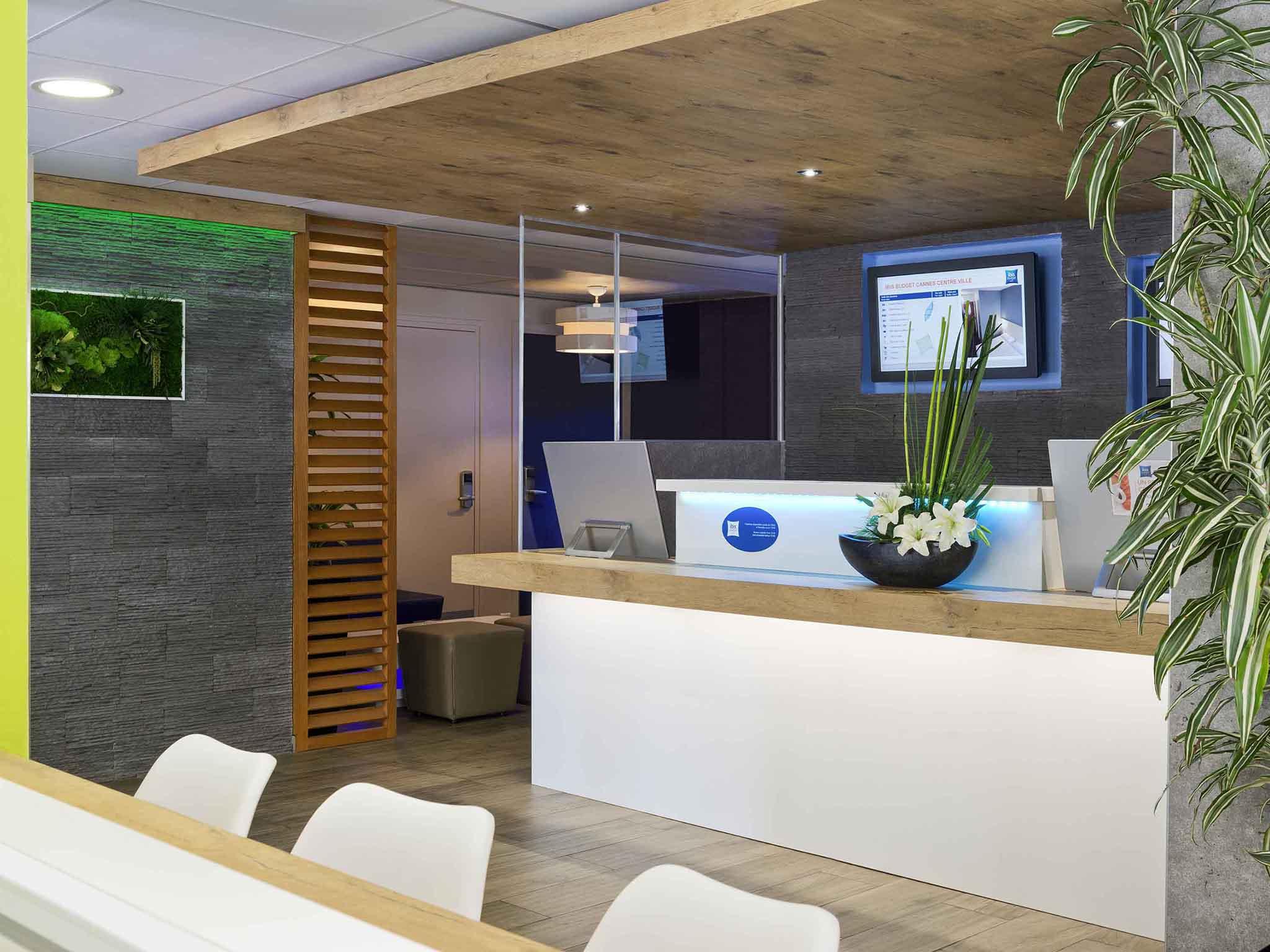 Hôtel - ibis budget Cannes Centre-Ville
