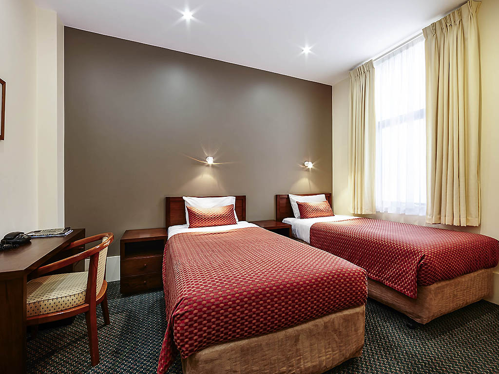 ibis styles melbourne the victoria hotel accorhotels heritage room 2 single beds