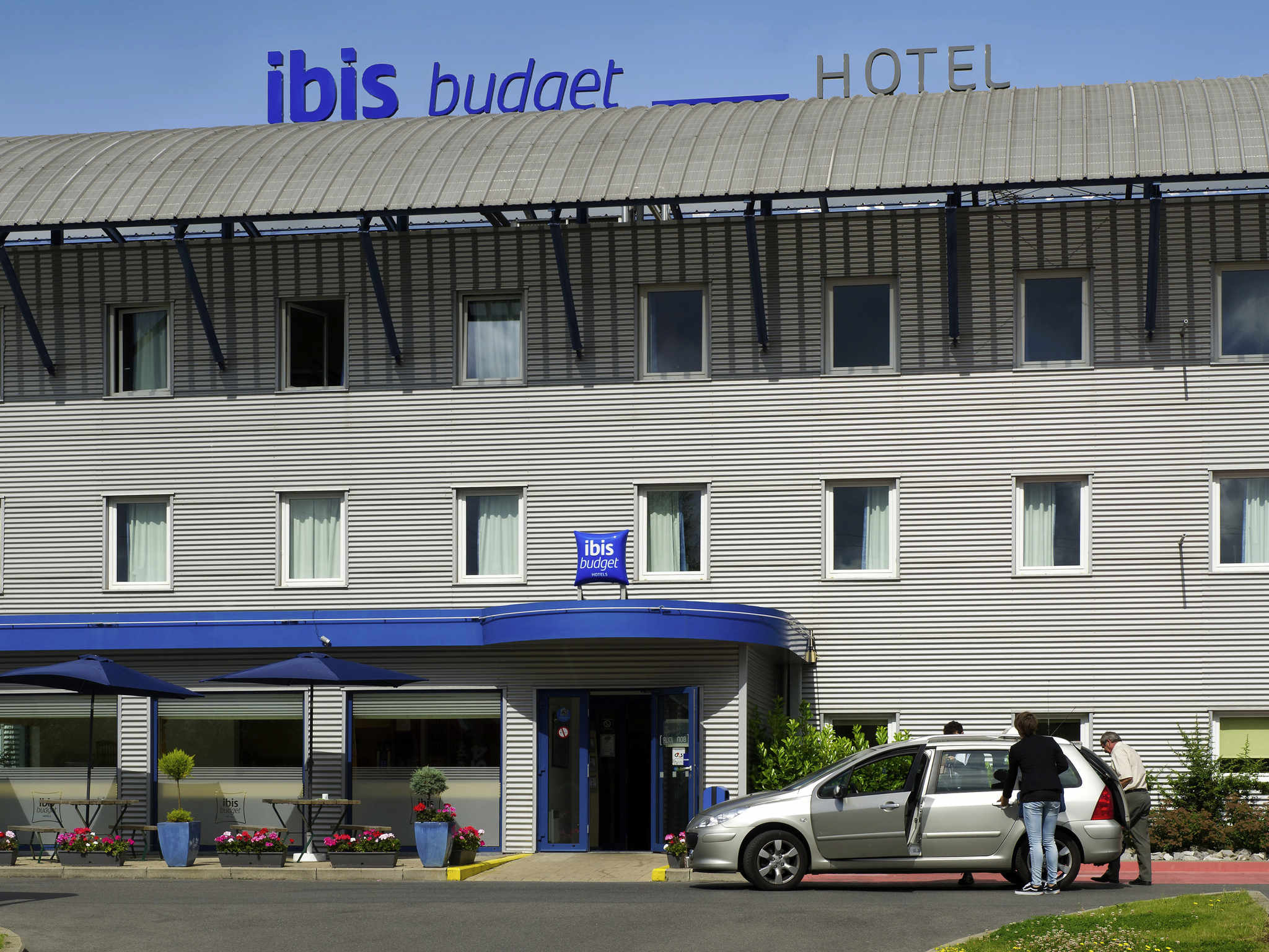 Cheap hotel charleroi airport ibis brussels south for Cheap hotels