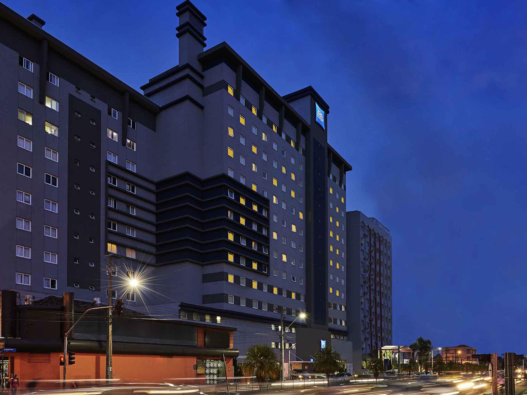 Hotel - ibis budget Curitiba Centro