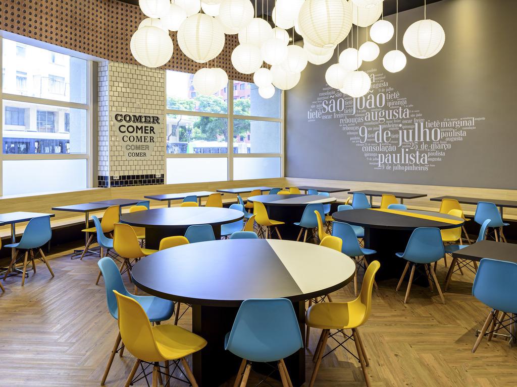579c03a0f Nosso restaurante conta com um espaço amplo e renovado onde você pode  usufruir de sua refeição com tranquilidade. Além do café da manhã que é  servido das ...