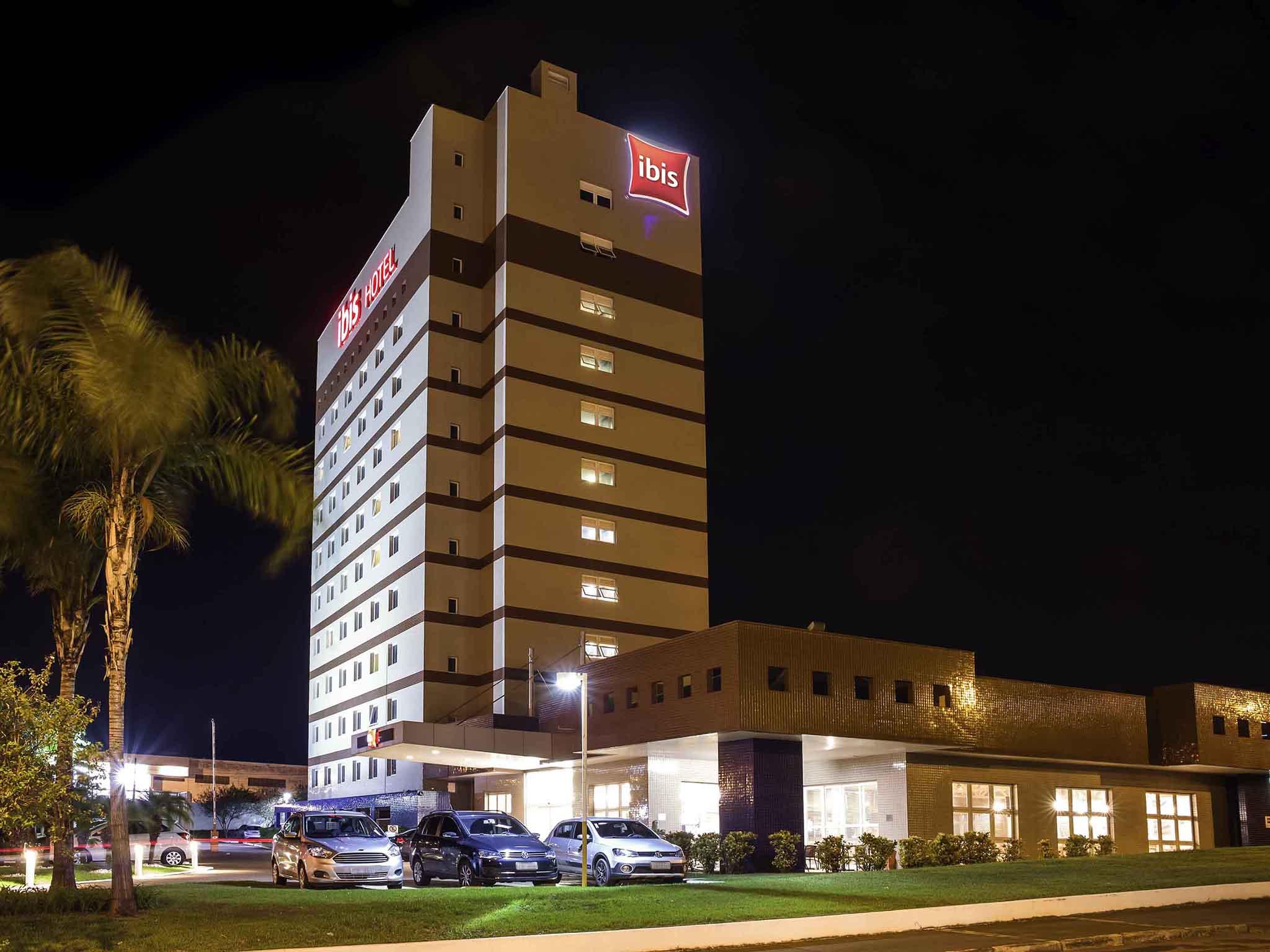 Отель — ibis Aracatuba