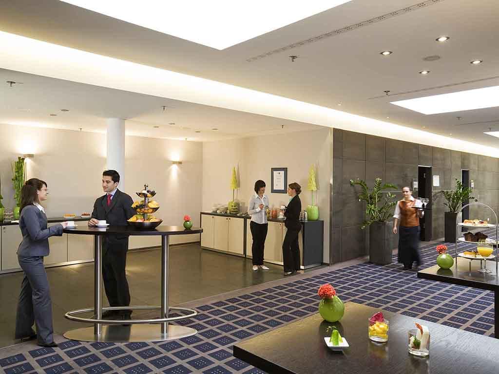 Hotel Novotel Munich Messe. Book online now! Fitness room!