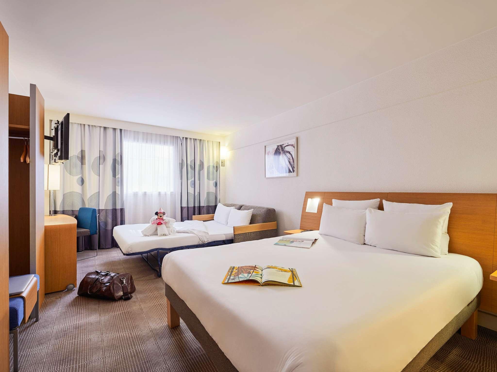 Hotel in LE KREMLIN BICETRE - Novotel Paris 13 Porte d\'Italie