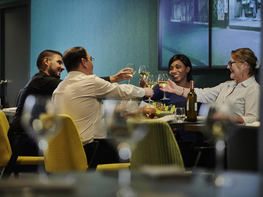 H tel le kremlin bicetre novotel paris 13 porte d 39 italie - Restaurant porte d italie sarreguemines ...