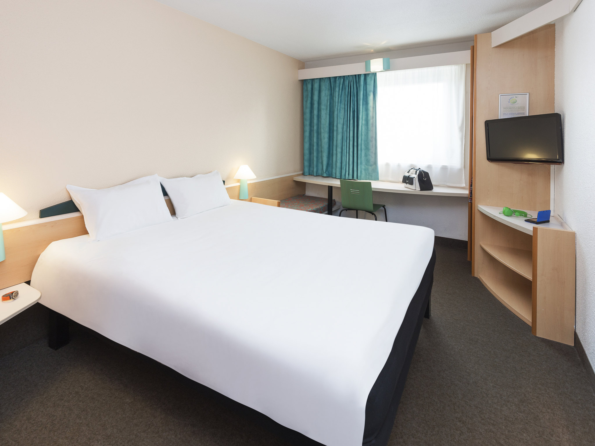 Hotel – ibis Luxembourg Sud