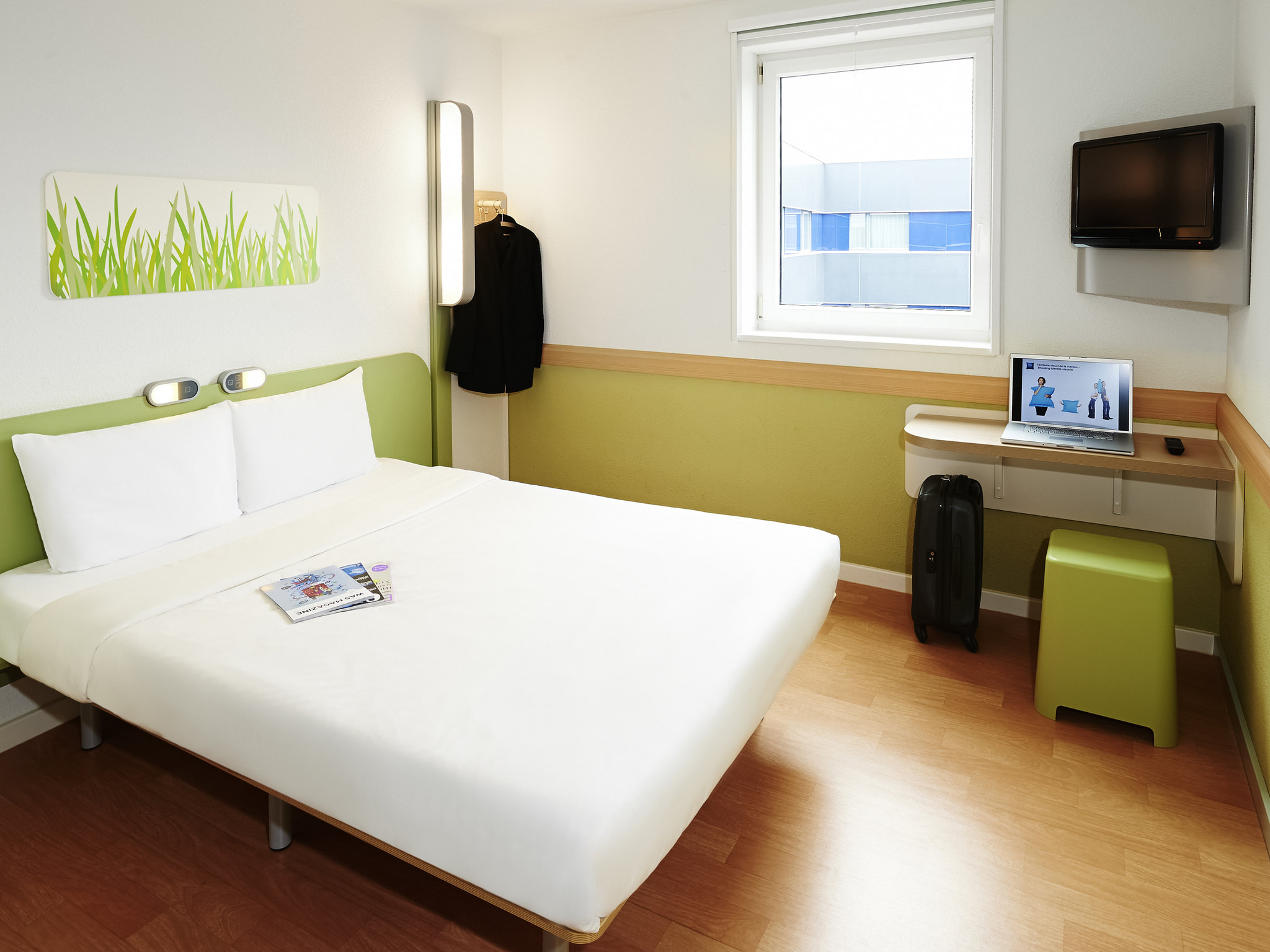 Hotel in orleans ibis budget orl ans sud parc des expos for Low budget hotel