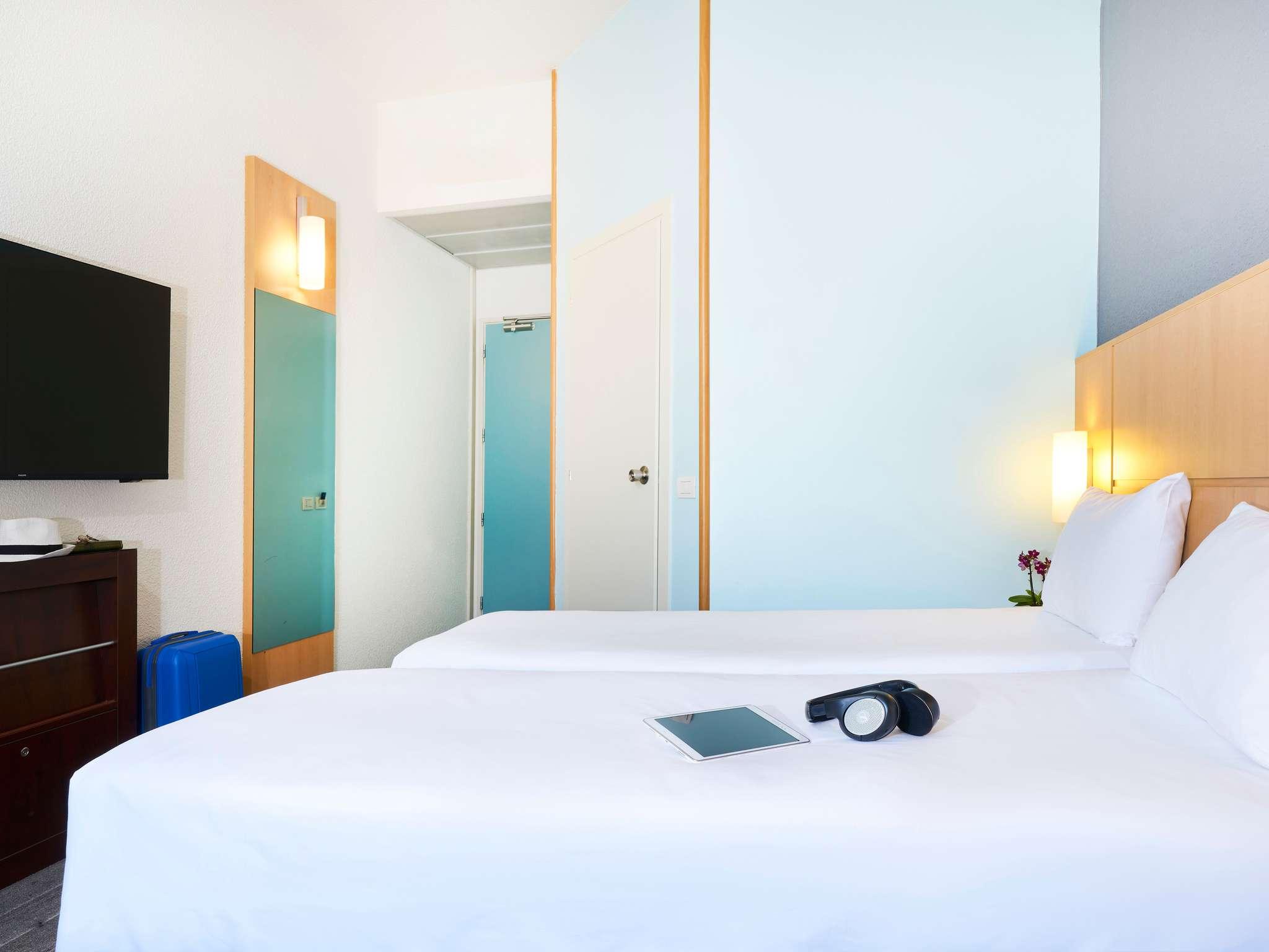 hotel in como ibis como accorhotelscom