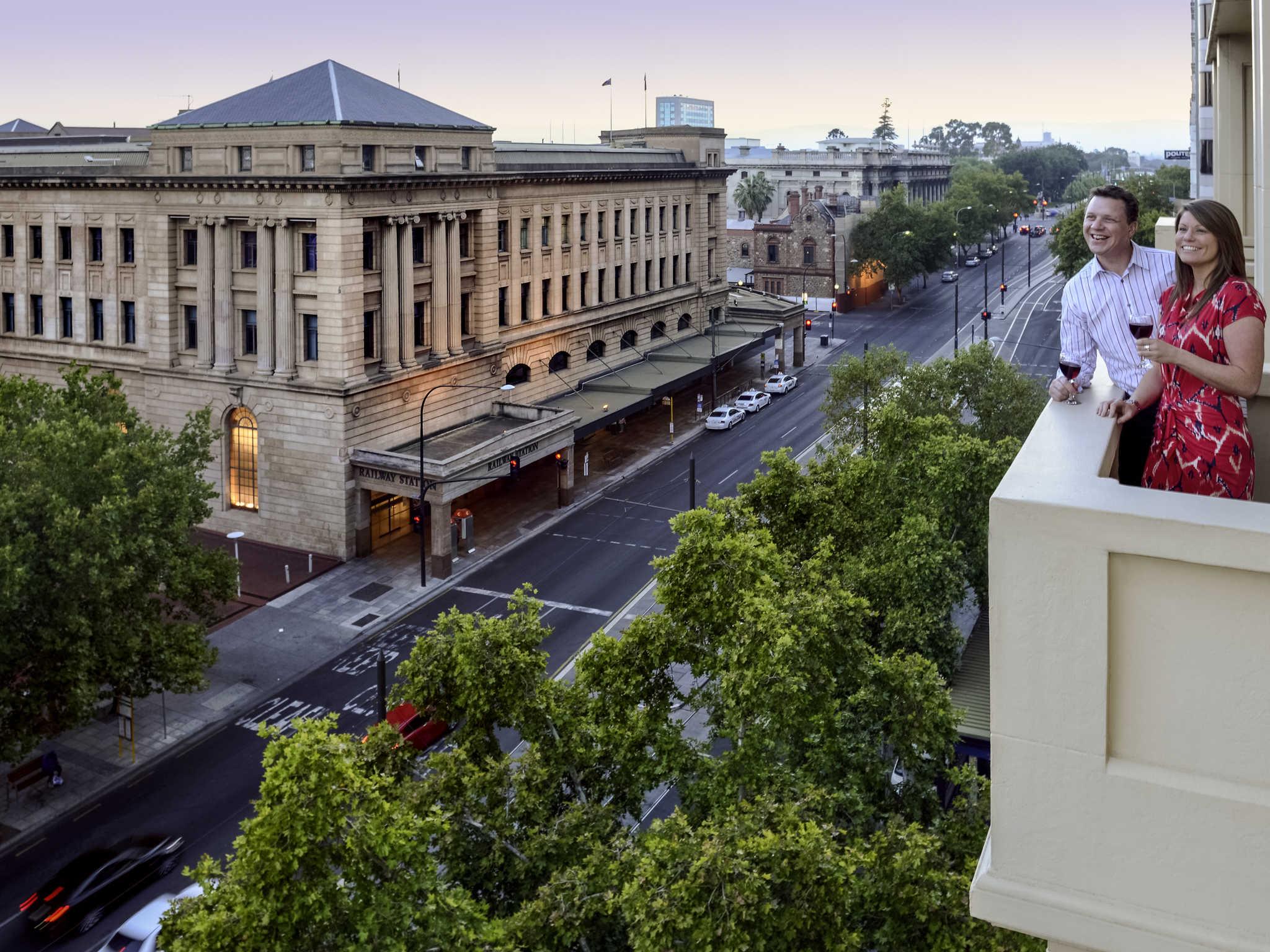 호텔 – Mercure Grosvenor Hotel Adelaide