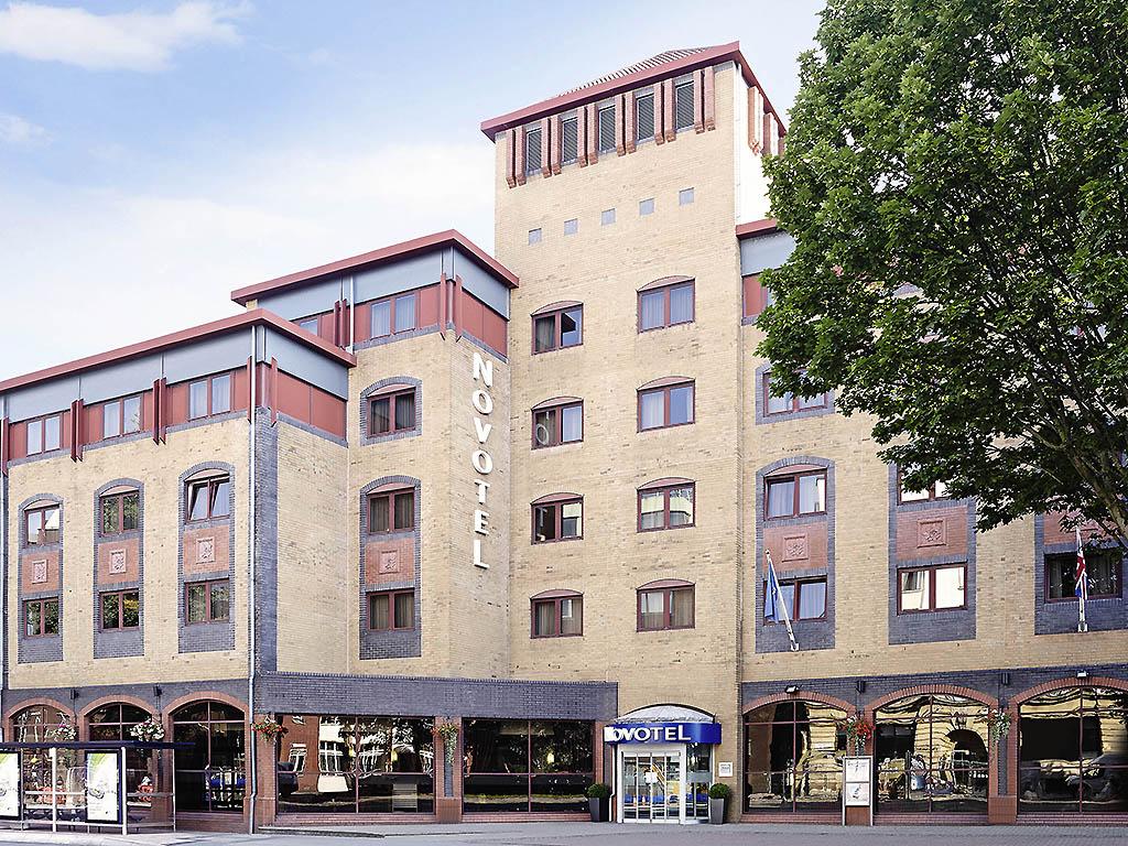 Отель — Novotel Бристоль Центр