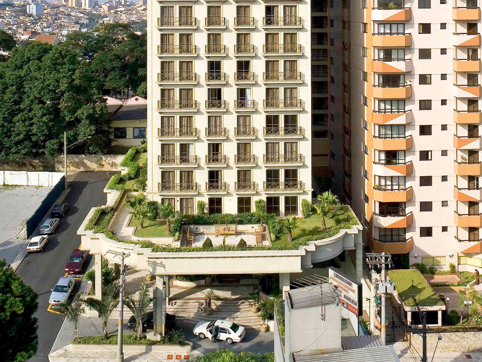 酒店 – 南圣卡埃塔诺美居酒店