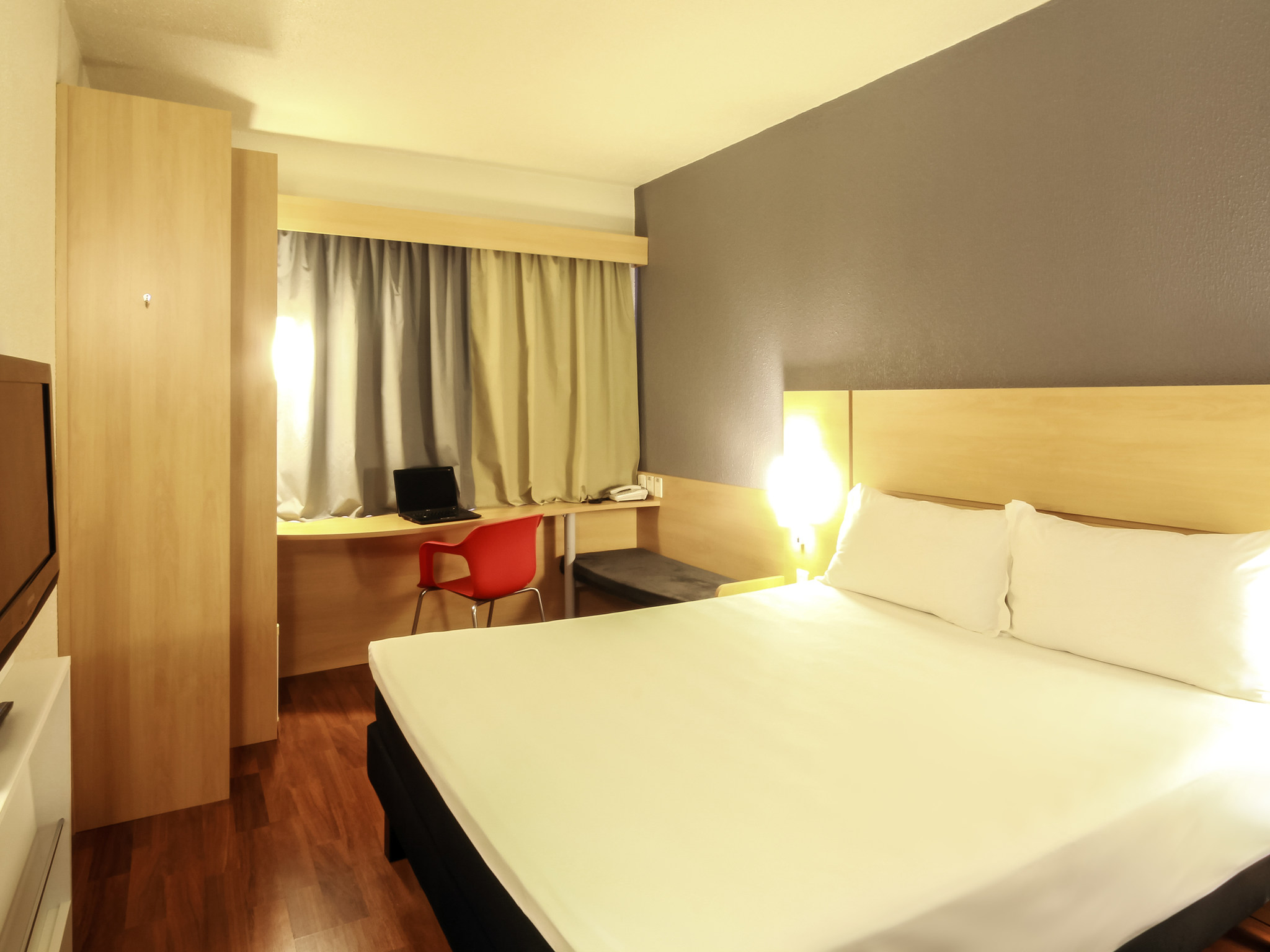 Hotell – ibis Joinville