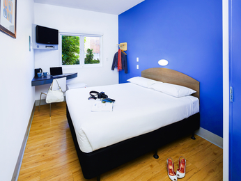 Rooms - ibis budget Perth Airport