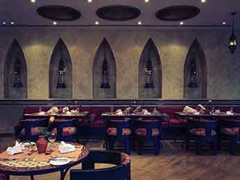 Restaurant - Mercure Grand Hotel Seef / All Suites