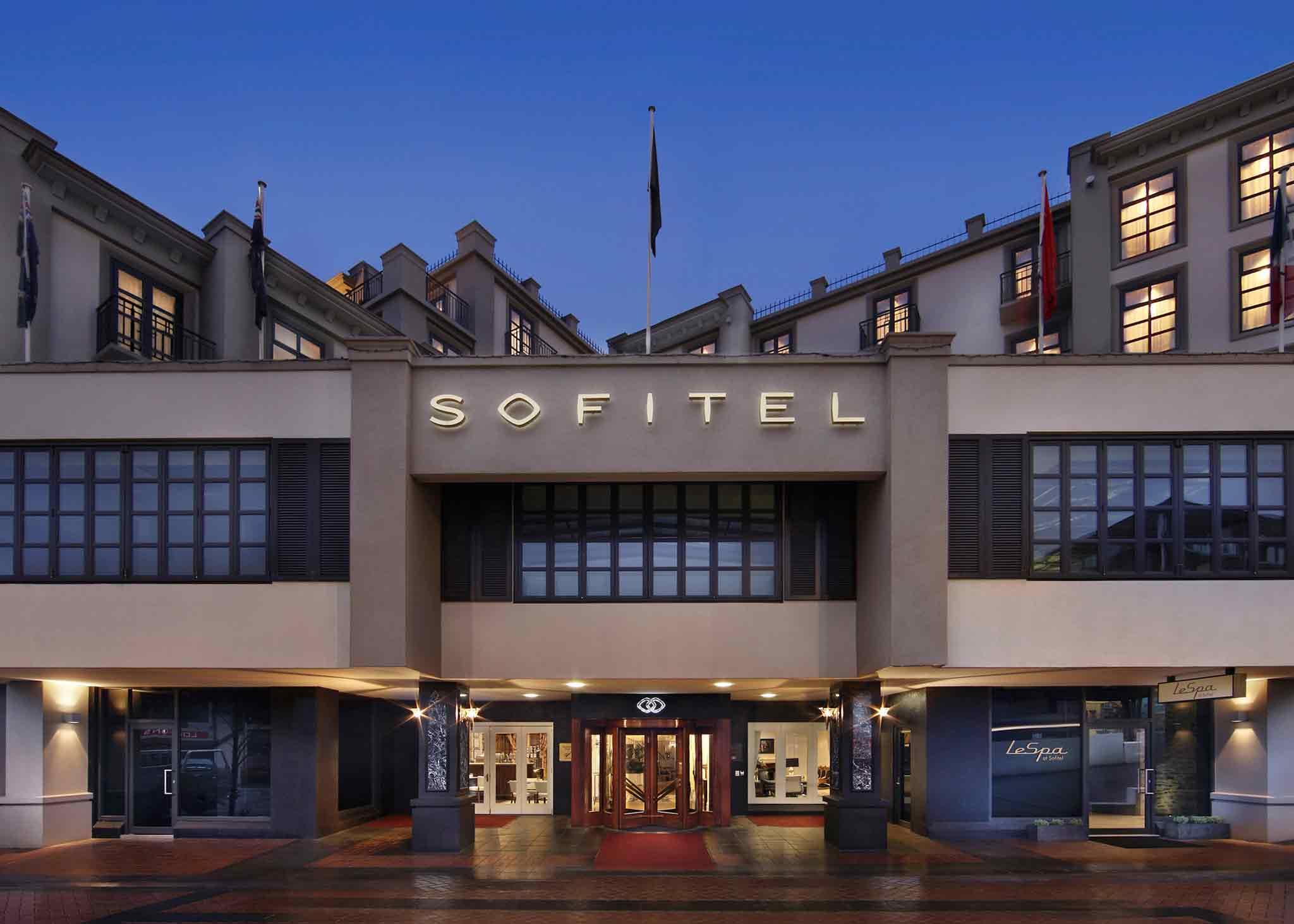 Отель — Sofitel Квинстаун Отель & Спа