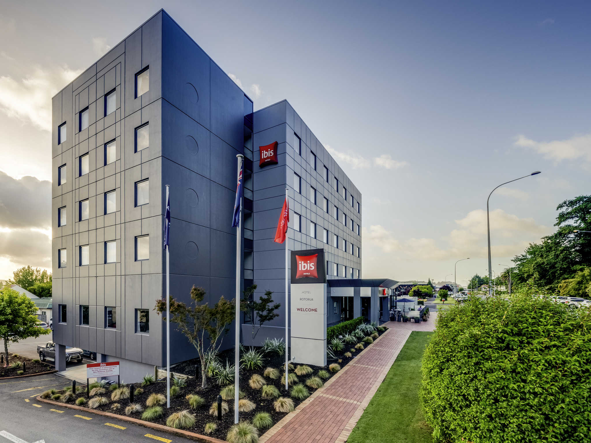 Ibis rotorua budget hotel accommodation in the heart of for Hotels ibis france