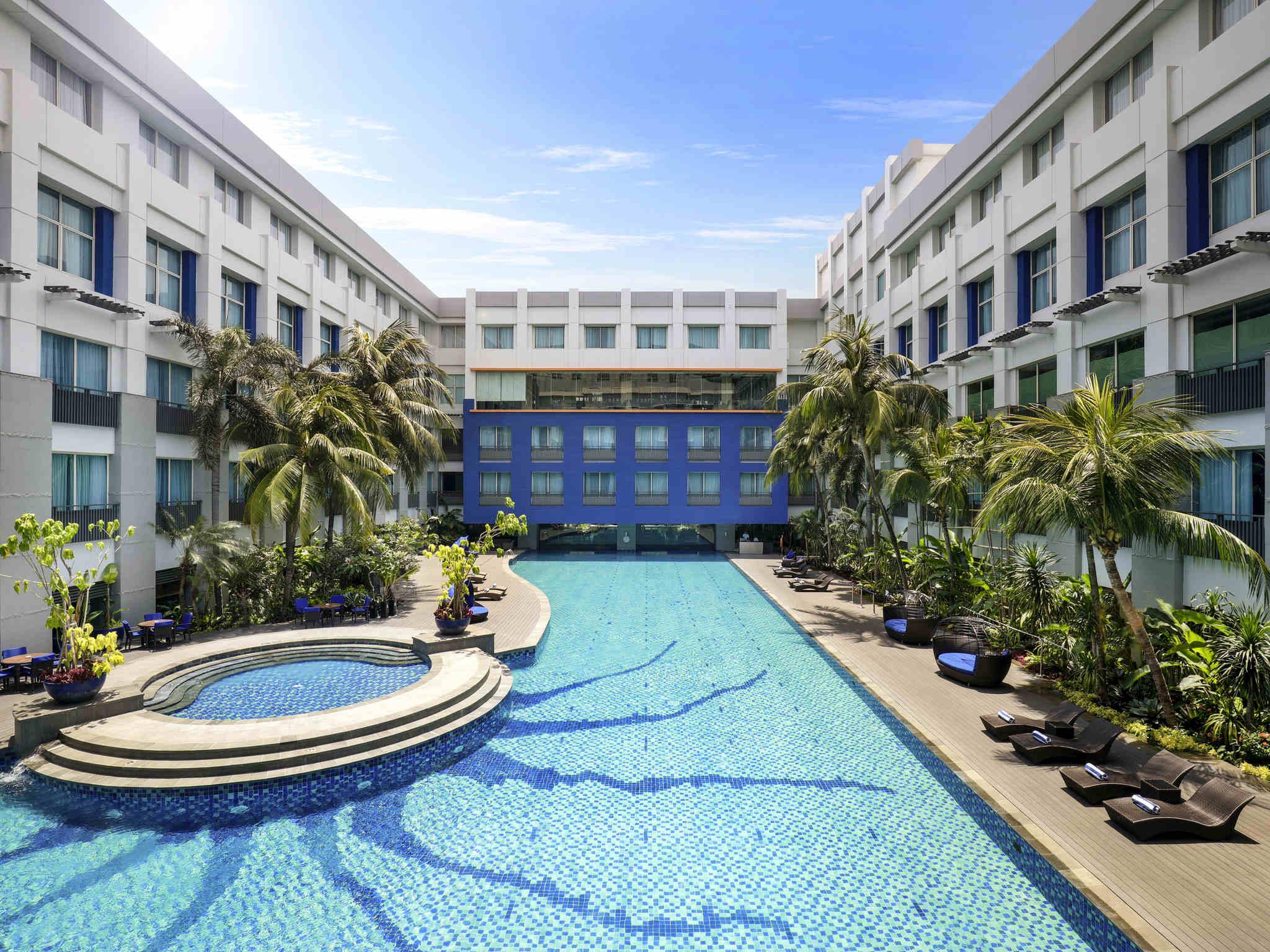 Отель — Novotel Джакарта Площать Манга-Дуа