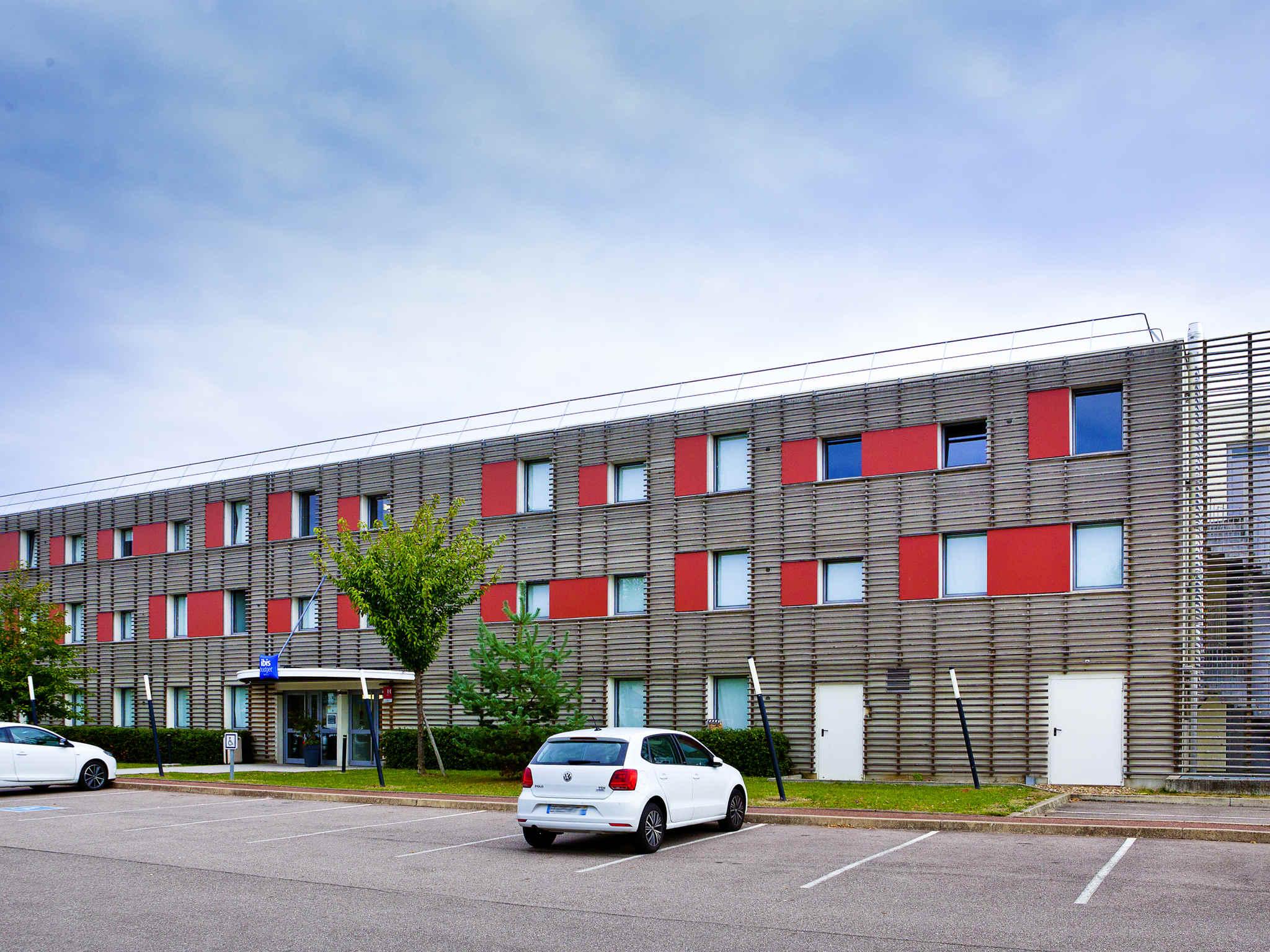 Hôtel - ibis budget Metz Technopôle