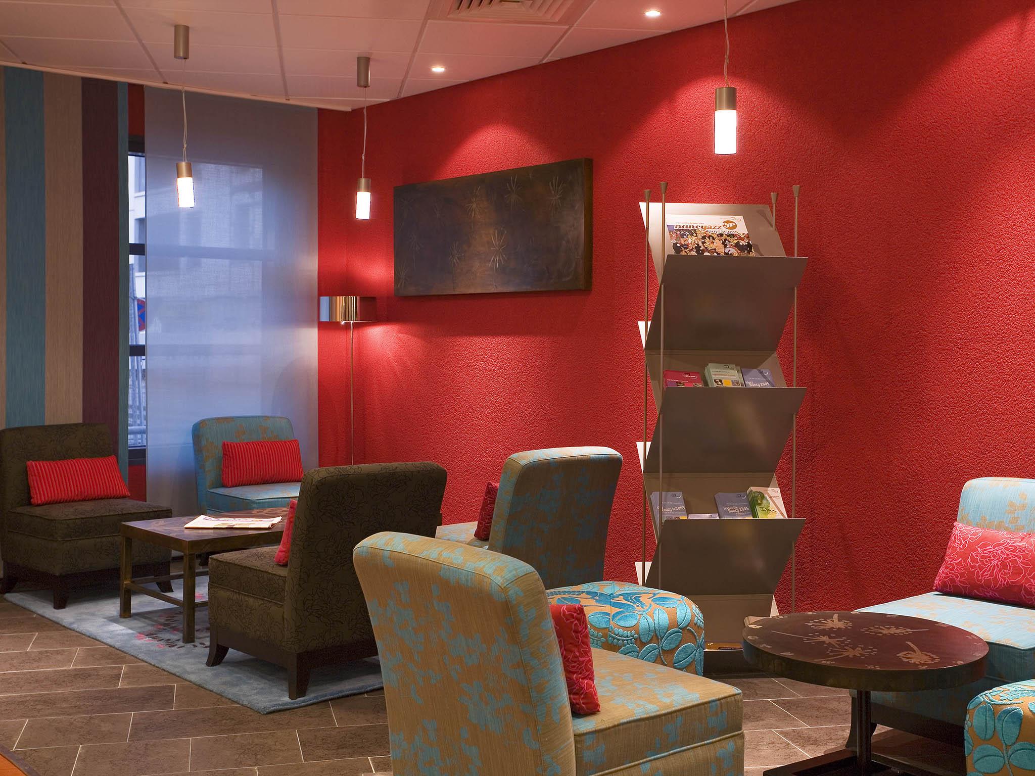 Hotell – Novotel Suites Nancy Centre