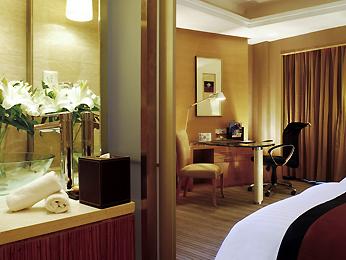 Book a luxury hotel room in xian sofitel xian on renmin for Design hotel xian