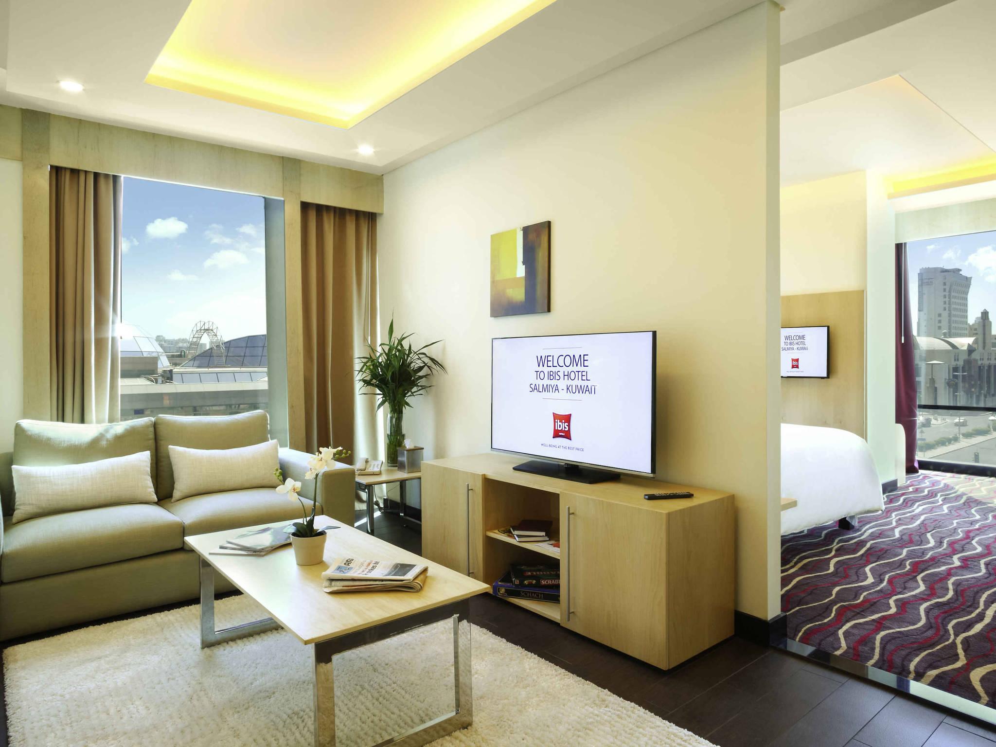 Living Room Kuwait hotel in salmiya - ibis kuwait salmiya