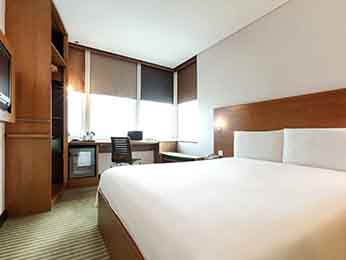 Hotel pas cher salmiya ibis kuwait salmiya for 5 star living rooms