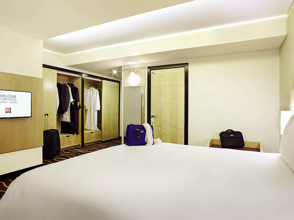 Hotel in salmiya ibis kuwait salmiya for 5 star living rooms