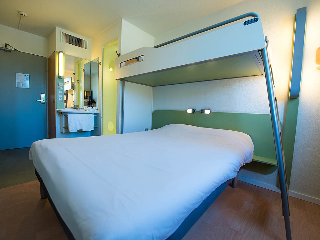 tani hotel saint apollinaire ibis budget dijon saint apollinaire. Black Bedroom Furniture Sets. Home Design Ideas